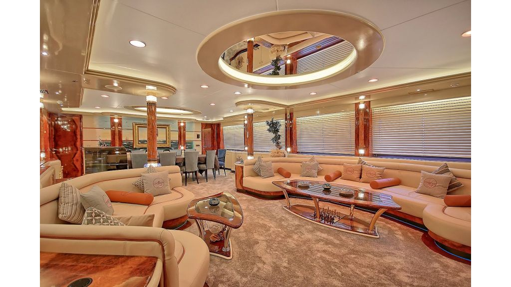 39m Mahogany Built Motor Yacht for Sale master.