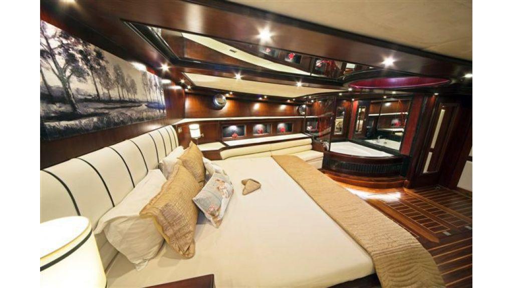 6 cabin luxury charter gulet (2)