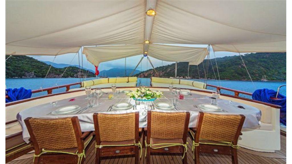 6 cabin luxury charter gulet (24)