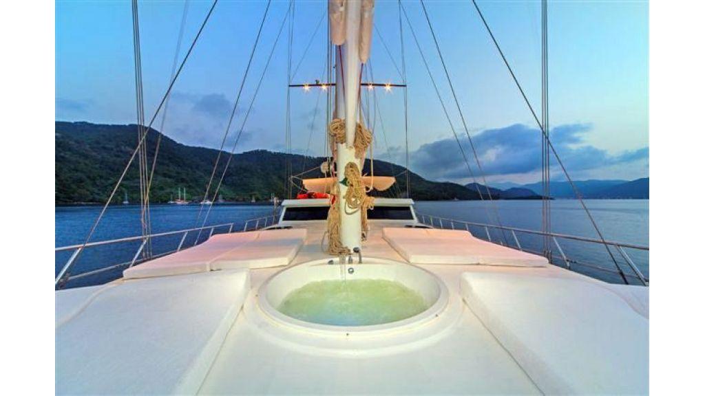 6 cabin luxury charter gulet (27)