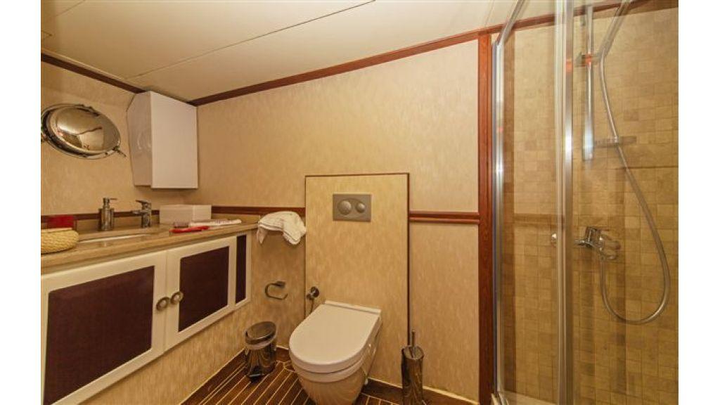 6 cabin luxury charter gulet (29)