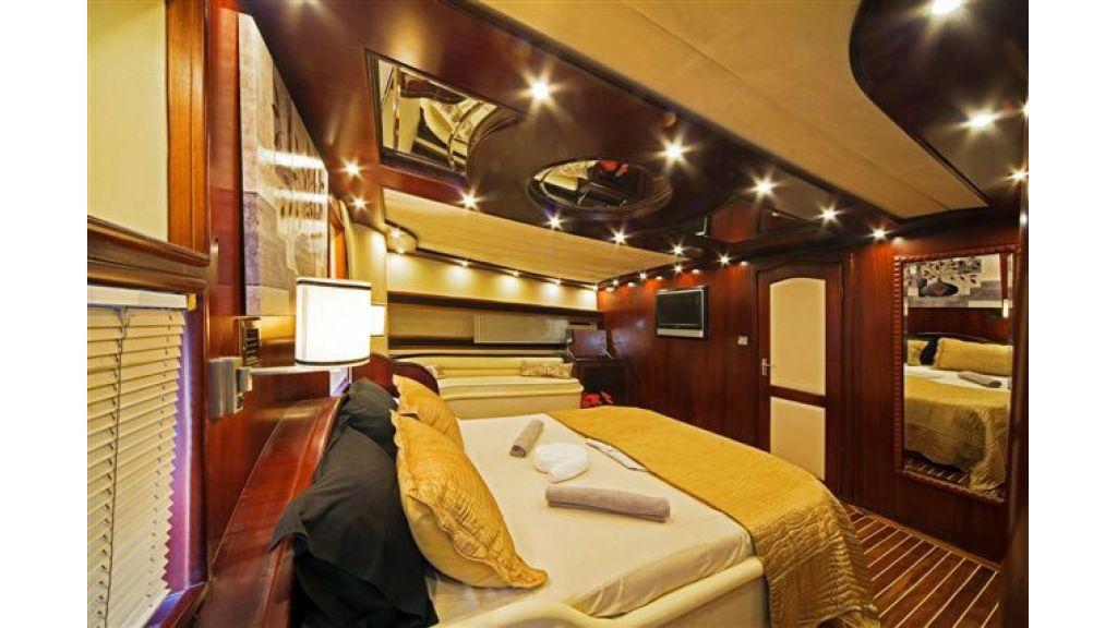 6 cabin luxury charter gulet (3)