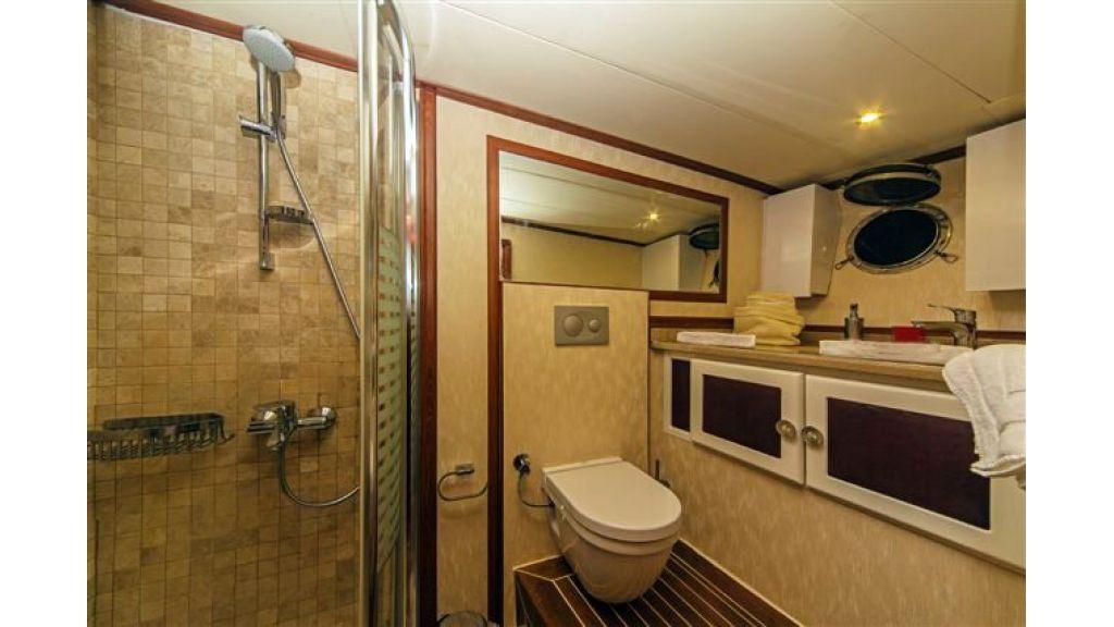 6 cabin luxury charter gulet (30)