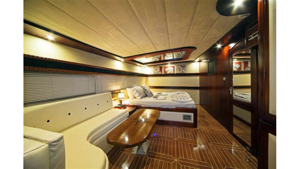 6 cabin luxury charter gulet (5)