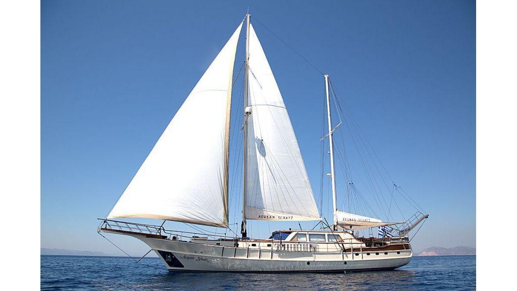 Aegean Schatz (2)