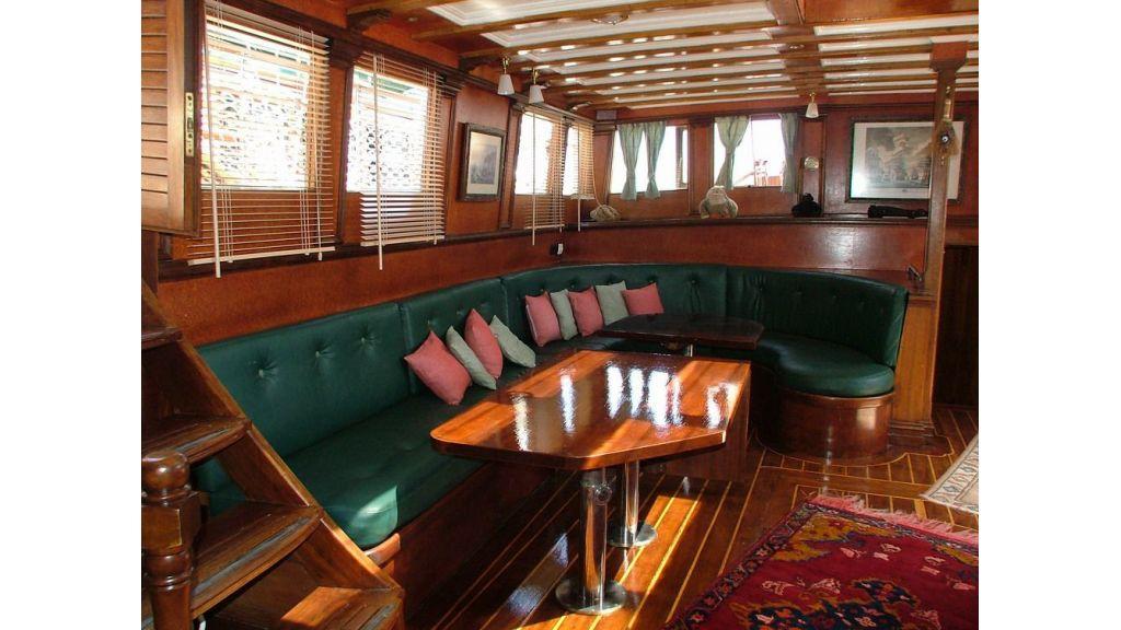 amazon solo sailing yacht (14)