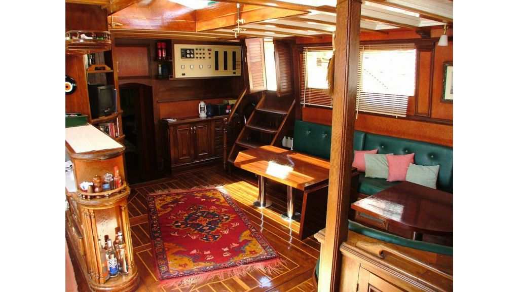 amazon solo sailing yacht (15)