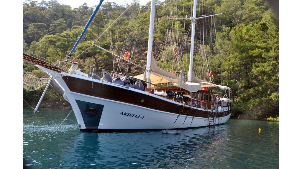 arielle-1-5-cabins-luxury-gulet-5