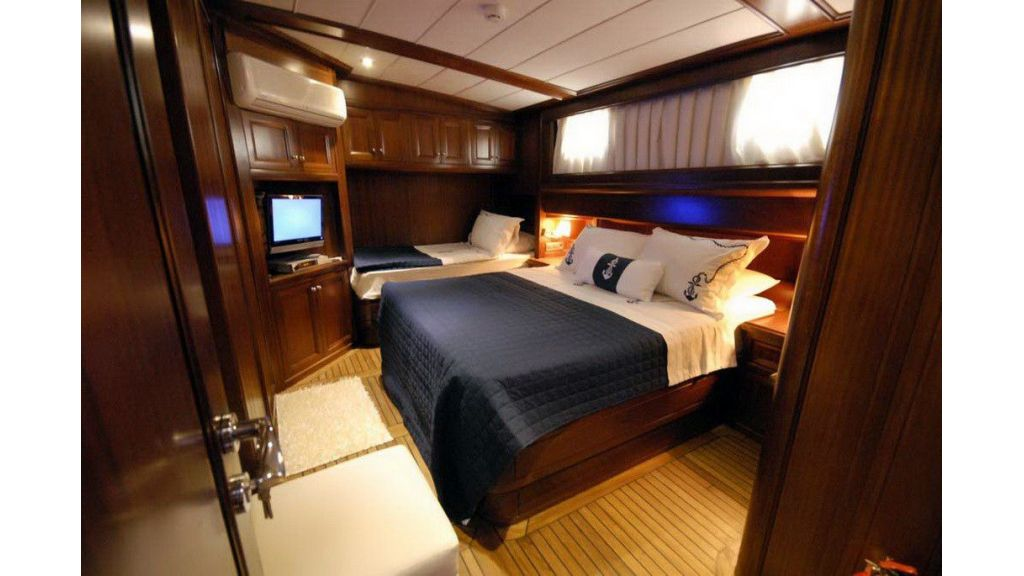 Asilmaz 3 cabins gulet master