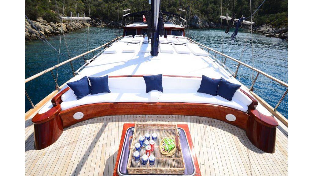 blue-capricorn-luxury-gulet (3)