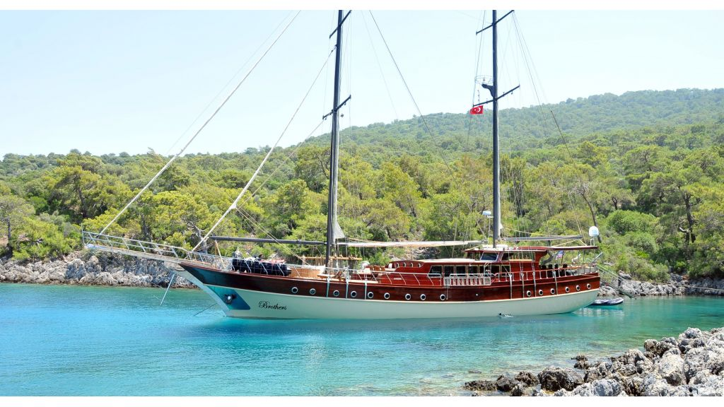Brothers Luxury gulet charter master