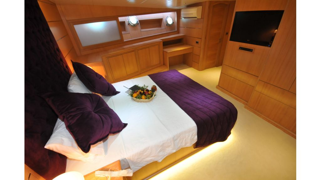 Brothers vip cabin