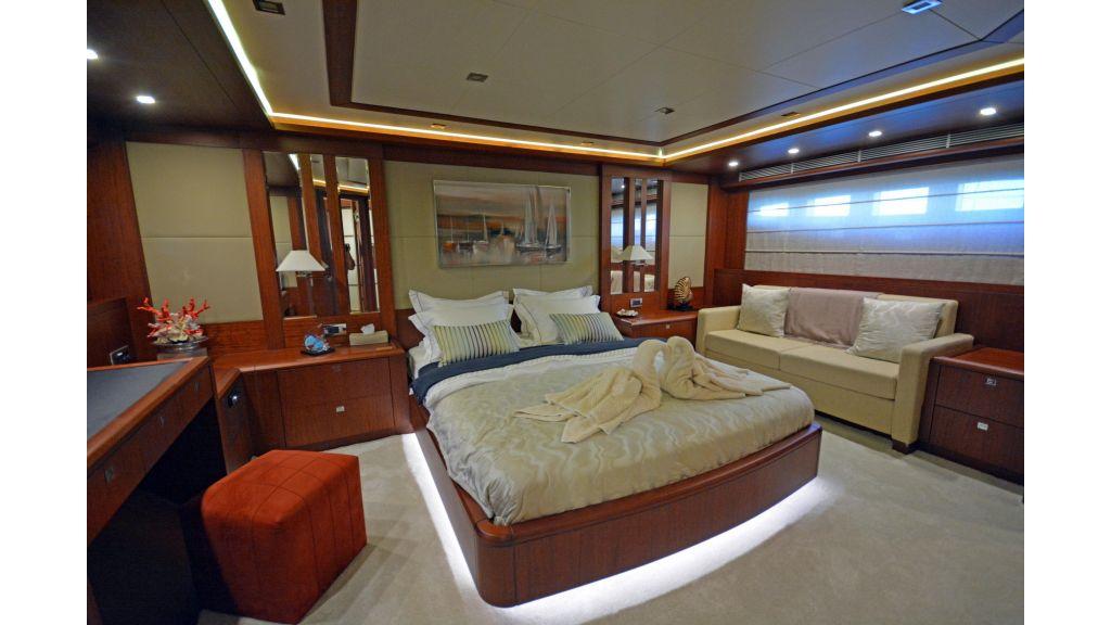 Composite Grp Motoryacht (60)