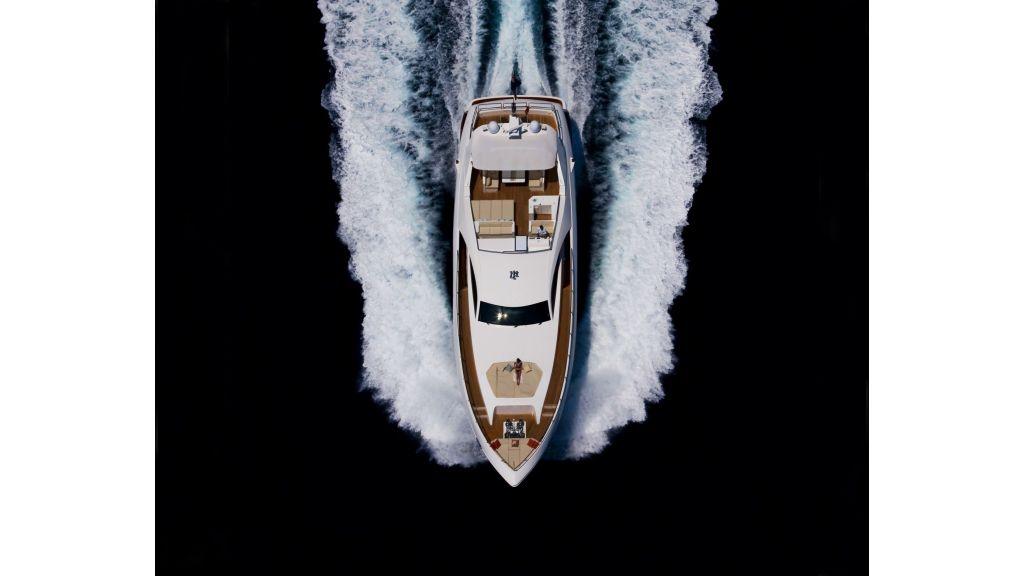 Composite Grp Motoryacht (8)