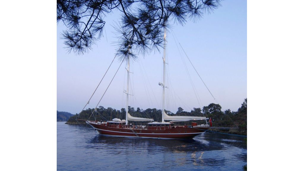 Custom built gulet for sale (13)
