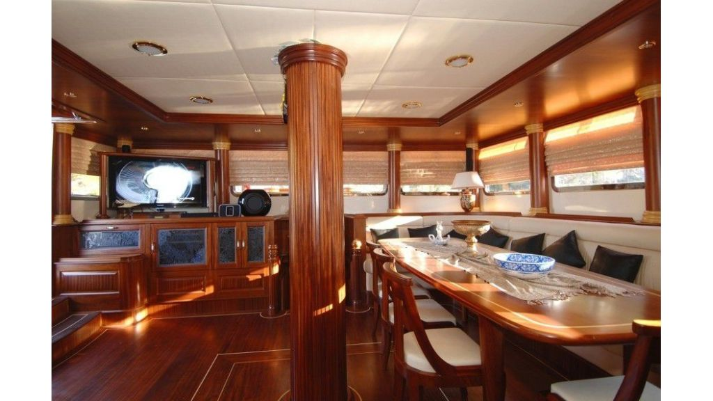 Custom built gulet for sale (16)