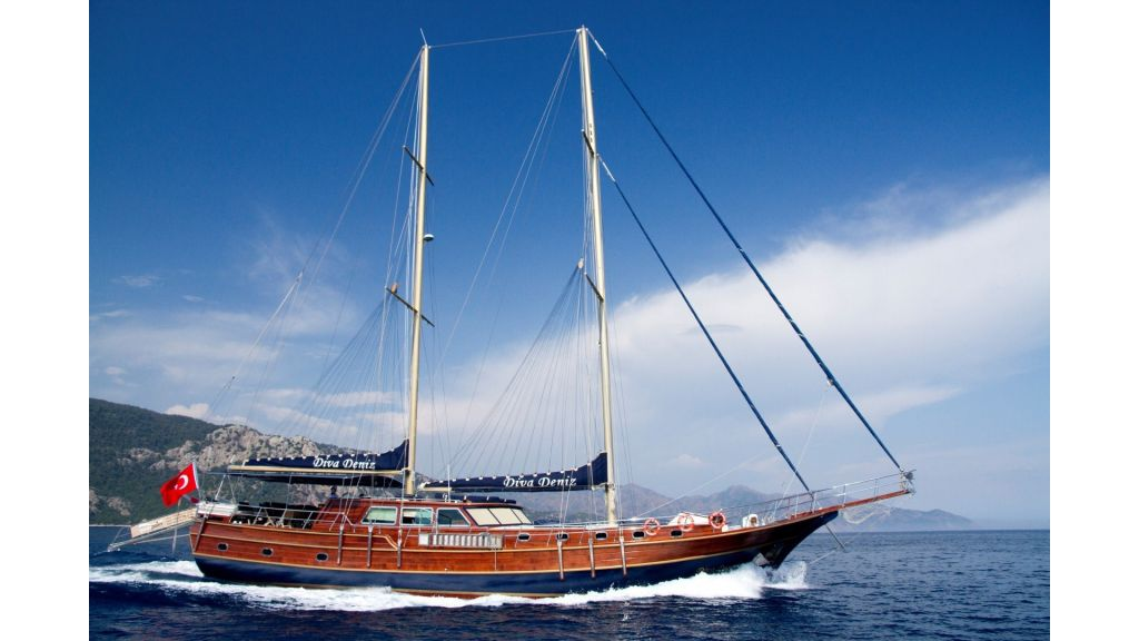 Diva Deniz Luxury Gulet-master (1)
