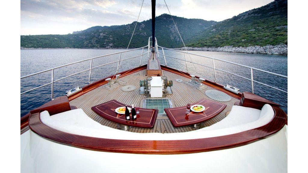 Diva Deniz Luxury-Gulet master