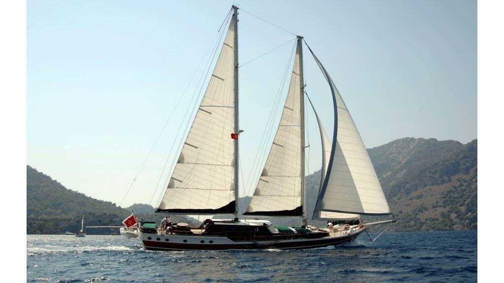 Ecce Navigo-Sailing yacht (13)