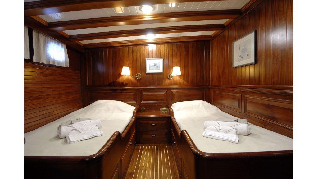 Ecce Navigo-Sailing yacht (18)
