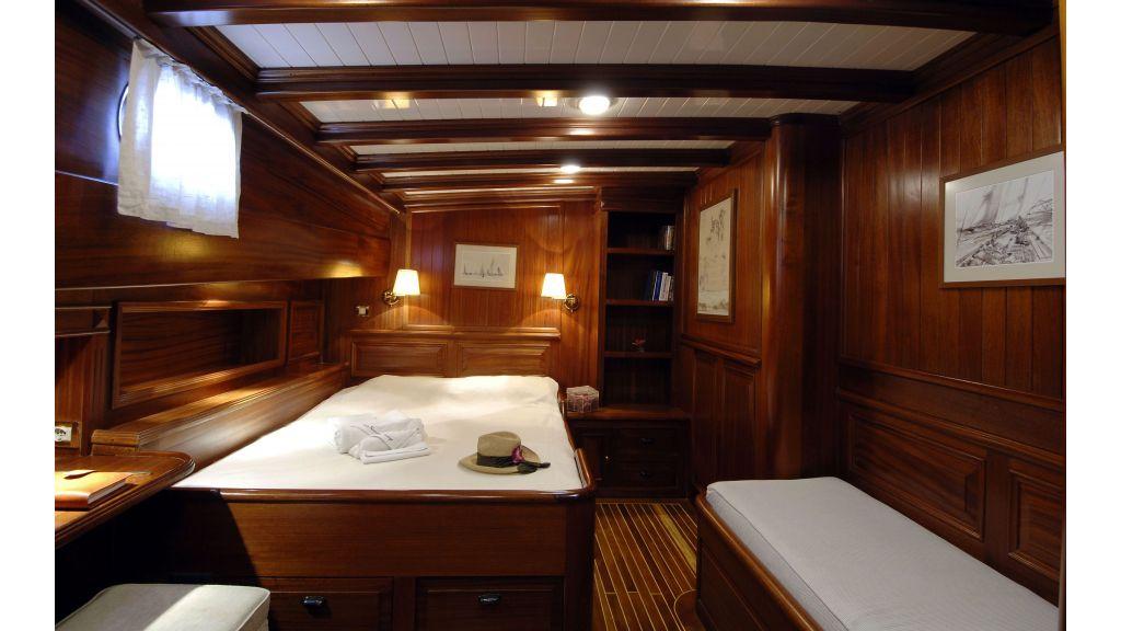 Ecce Navigo-Sailing yacht (19)