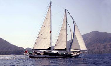 ecce-navigo sailing yacht master