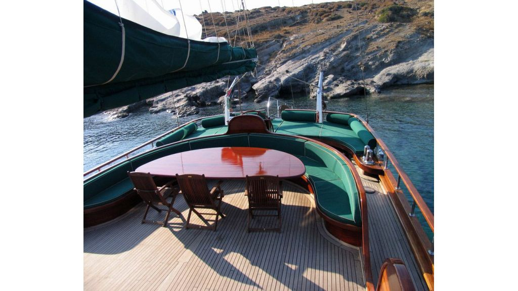 elegant-31-m-charter-gulet-for-sale (7)