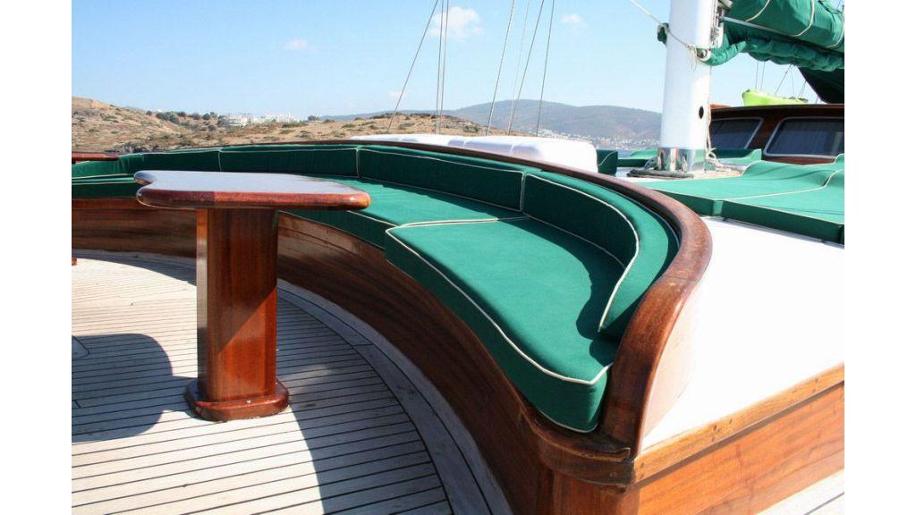 elegant-31-m-charter-gulet-for-sale (9)