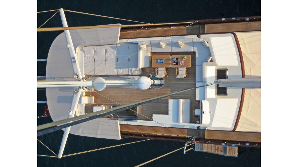 Getaway Luxury Sailing Yacht (17)