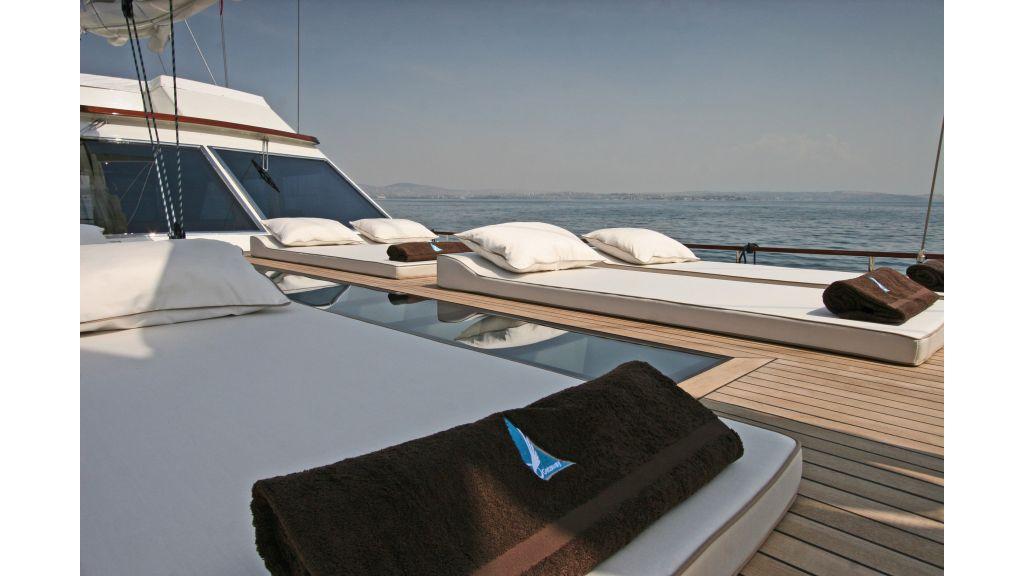 Getaway Luxury Sailing Yacht (22)