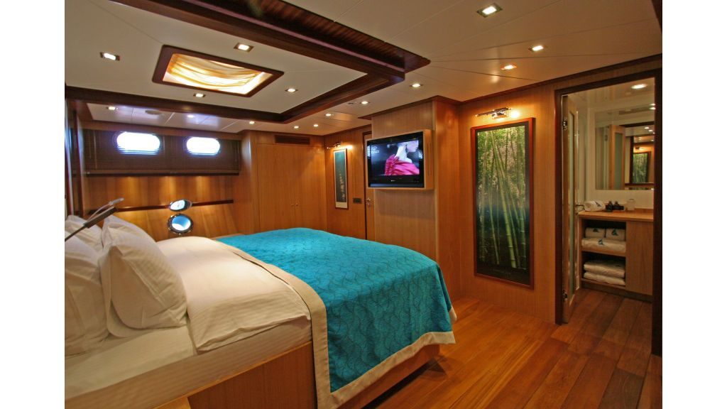 Getaway Luxury Sailing Yacht (26)