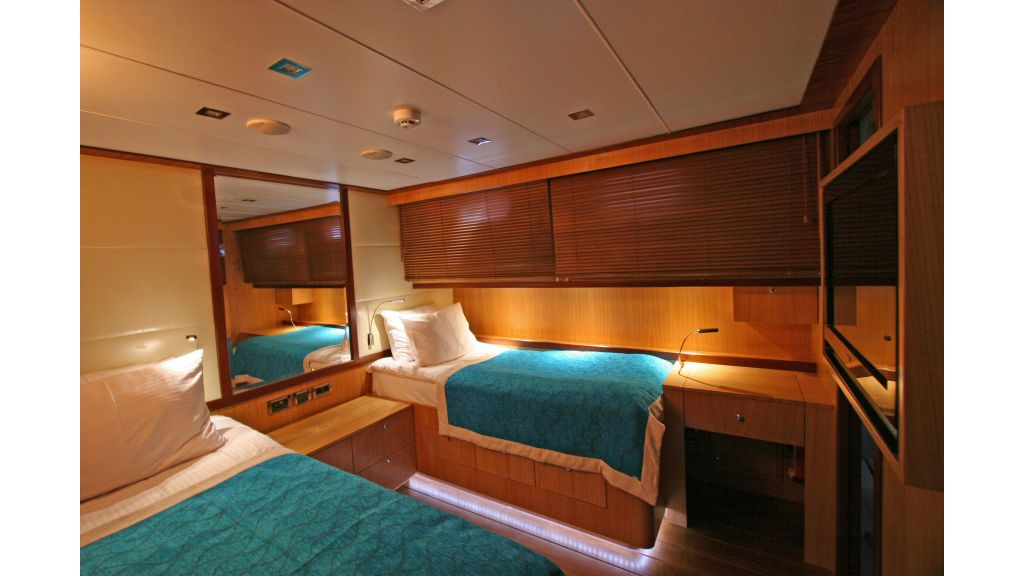 Getaway Luxury Sailing Yacht (36)
