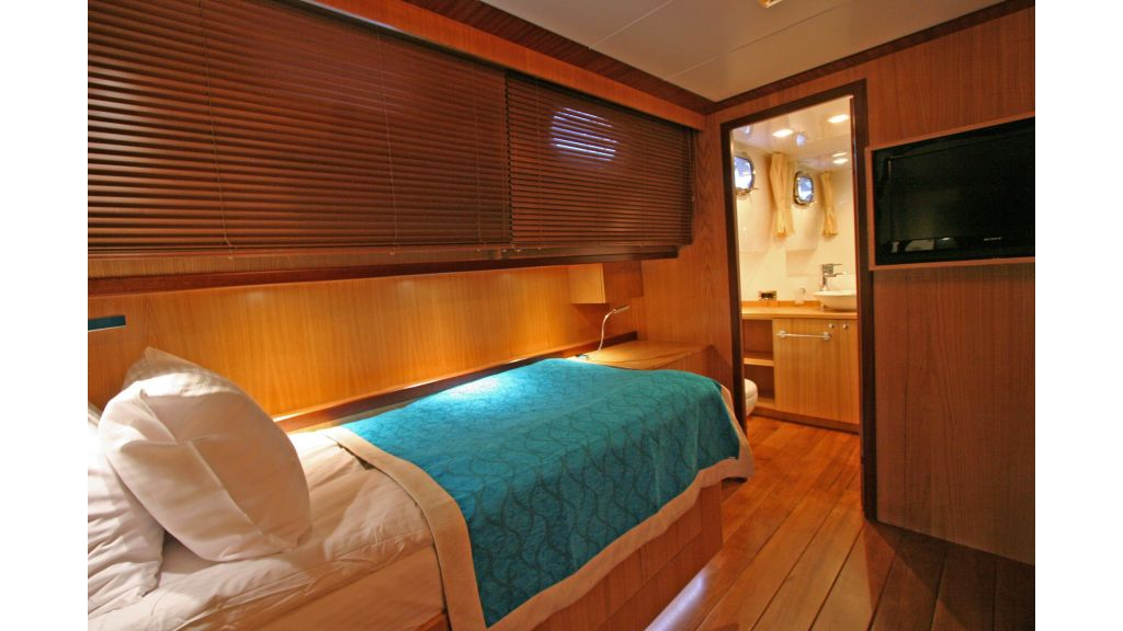 Getaway Luxury Sailing Yacht (37)
