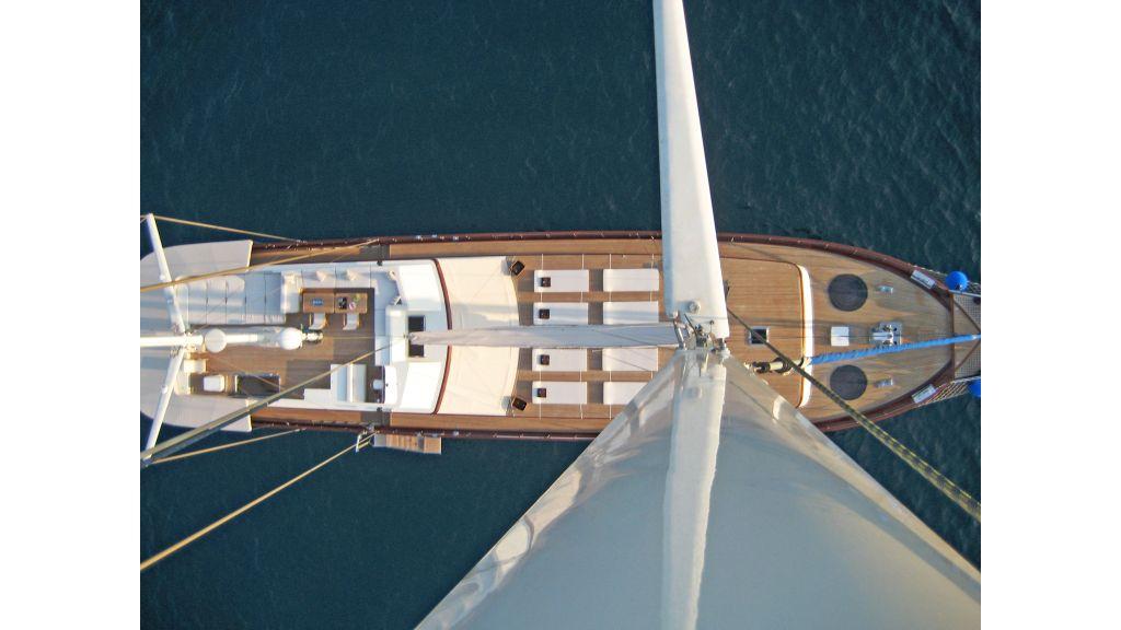 Getaway Luxury Sailing Yacht (9)