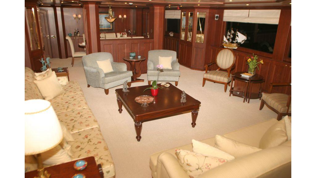 istanbul built poweryacht (13)