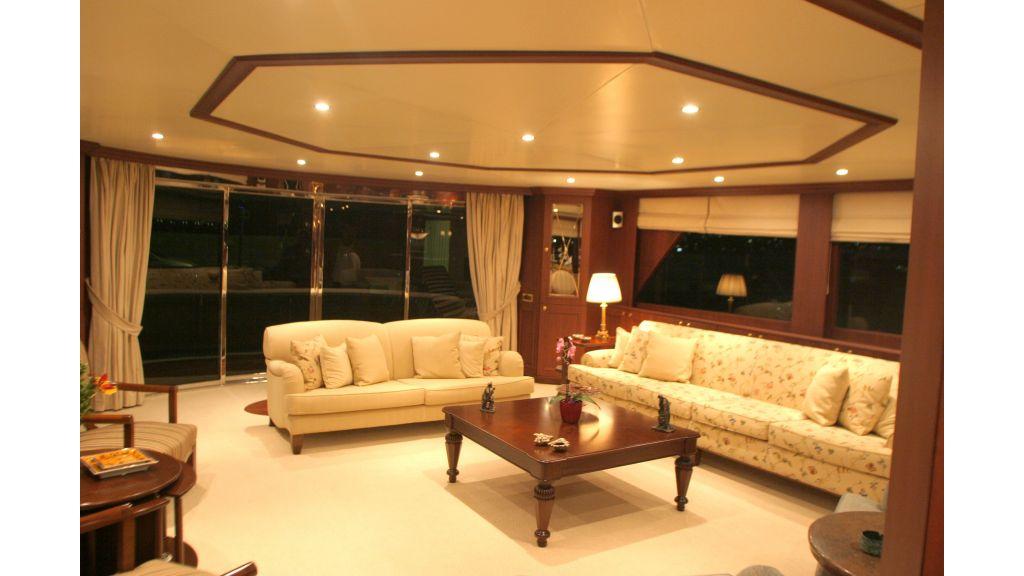 istanbul built poweryacht (8)