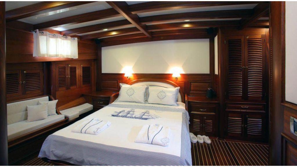 Kaya Guneri 4 Luxury Sailing yacht master