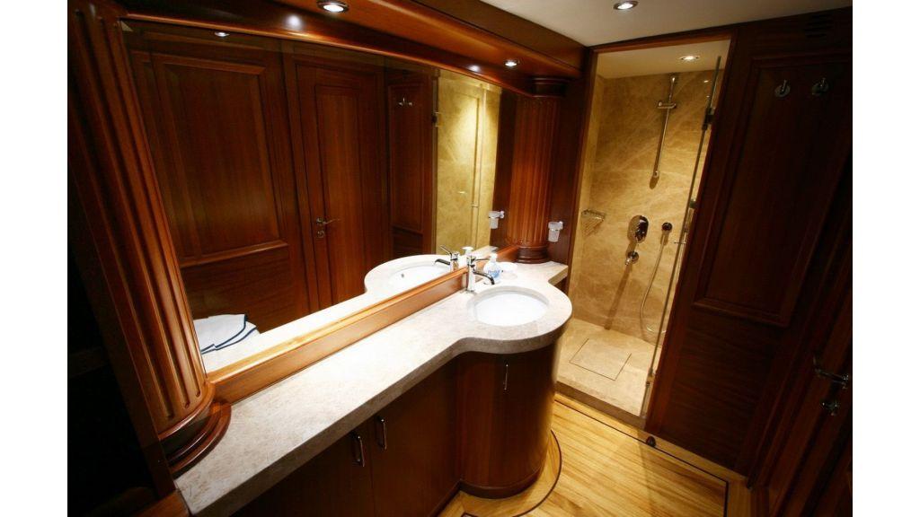 Kaya-Guneri-V-Luxury Yacht (19)