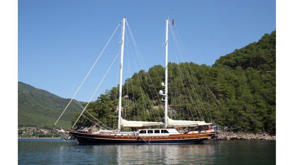 Kaya-Guneri-V-Luxury Yacht (24)