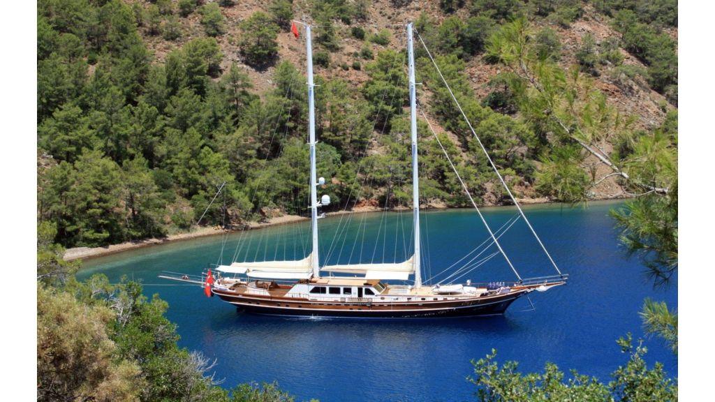 Kaya-Guneri-V-Luxury Yacht (26)