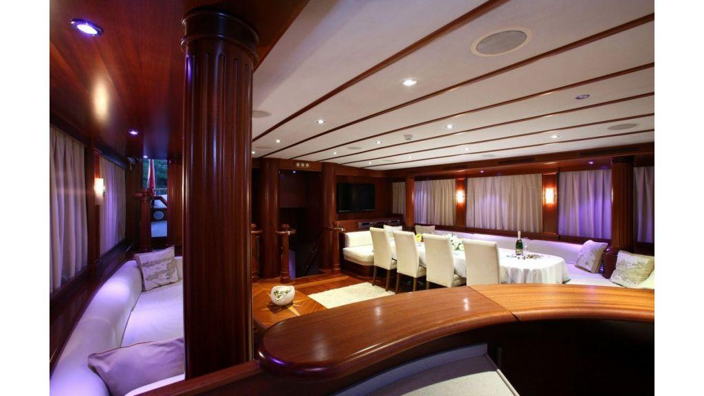 Kaya-Guneri-V-Luxury Yacht (27)