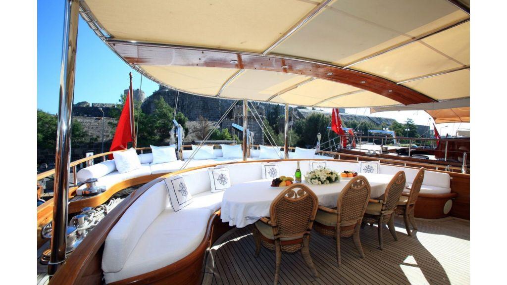 Kaya-Guneri-V-Luxury Yacht (30)
