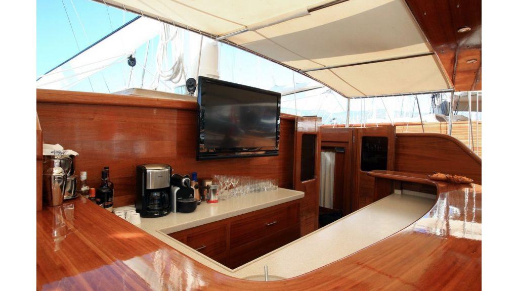 Kaya-Guneri-V-Luxury Yacht (31)