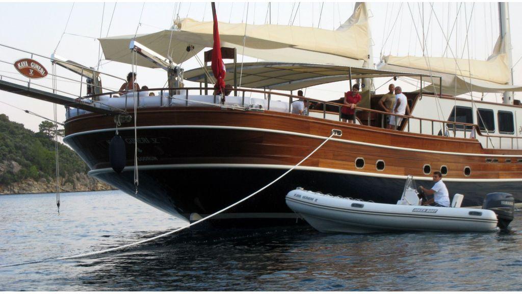 Kaya-Guneri-V-Luxury Yacht (37)