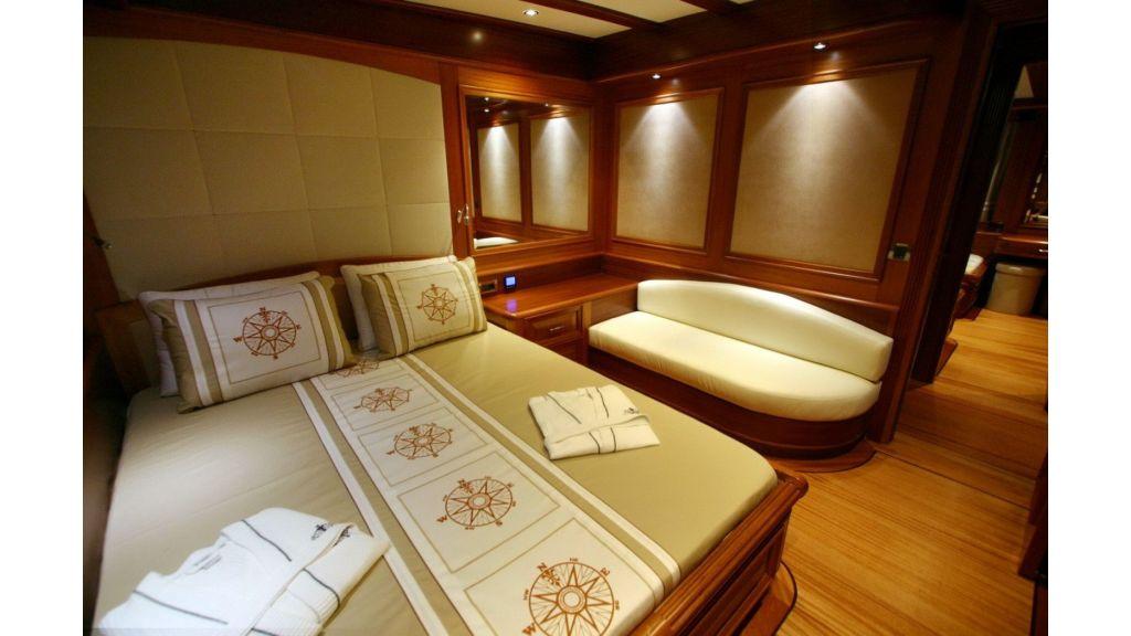 Kaya-Guneri-V-Luxury Yacht (38)