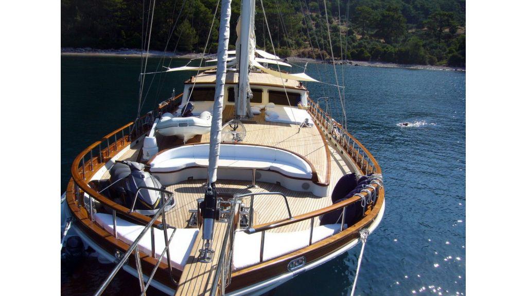 Kaya-Guneri-V-Luxury Yacht (39)