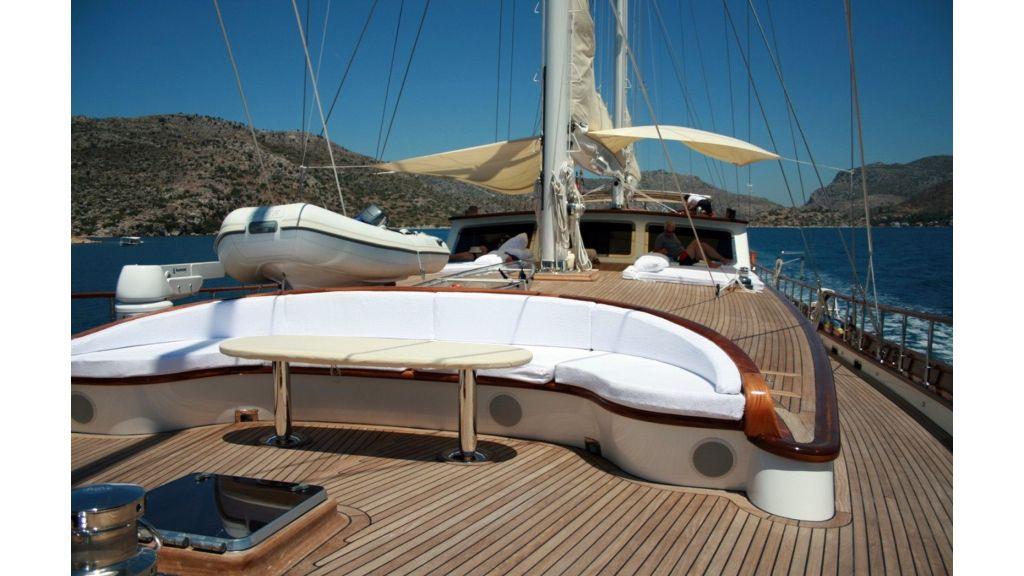 Kaya-Guneri-V-Luxury Yacht (8)