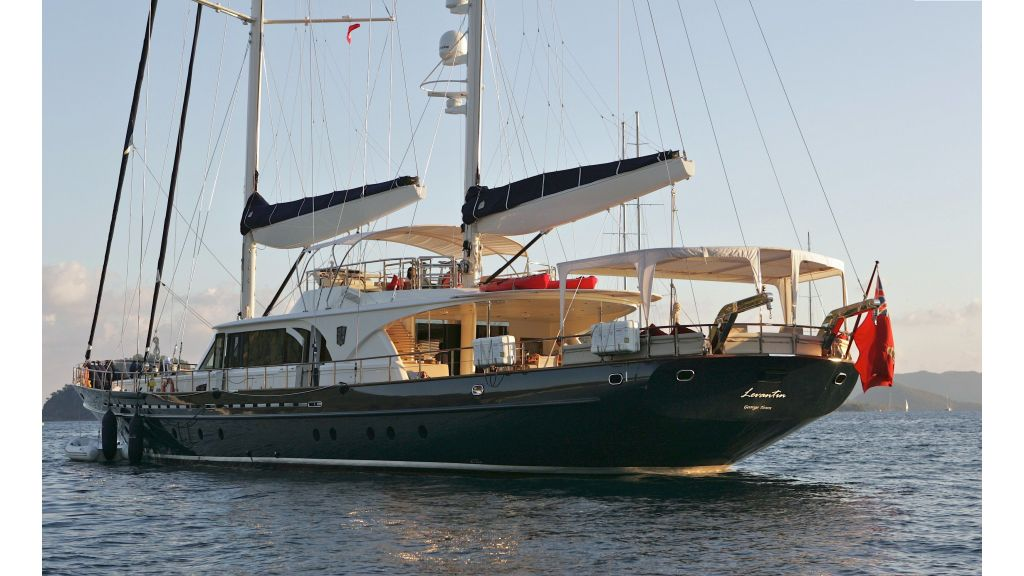 Levantin-Luxury-Sailing-Yacht (15)