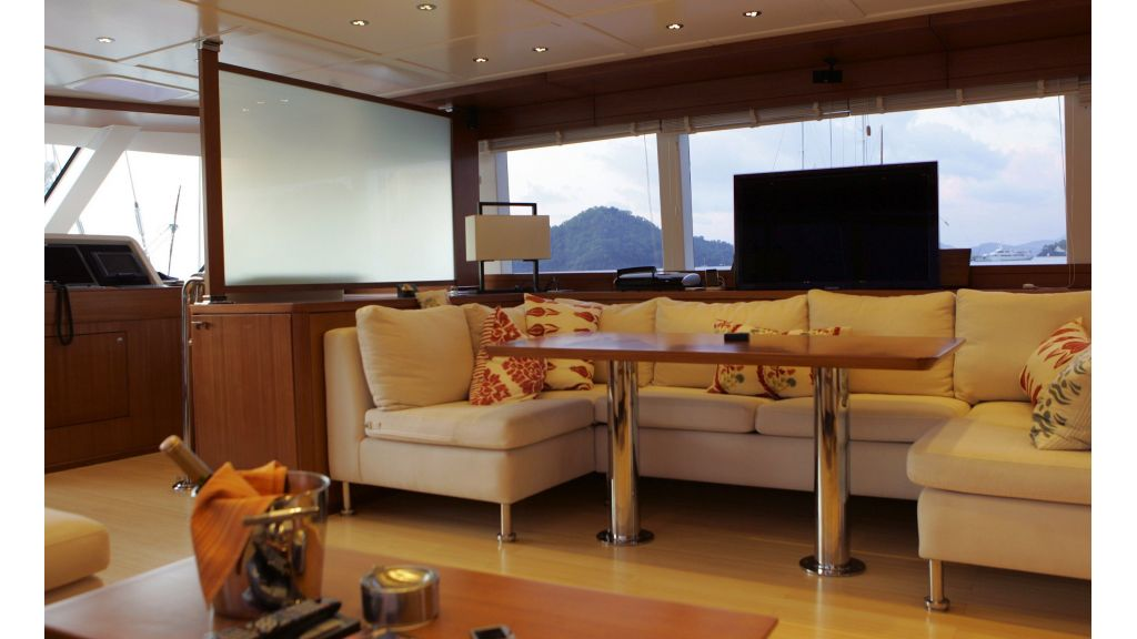Levantin-Luxury-Sailing-Yacht (18)