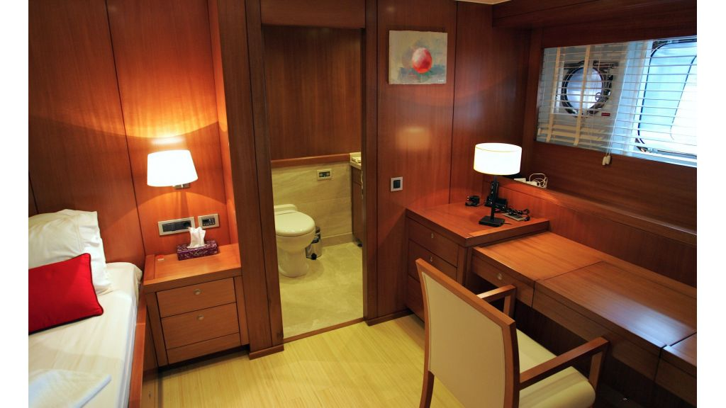 Levantin-Luxury-Sailing-Yacht (28)